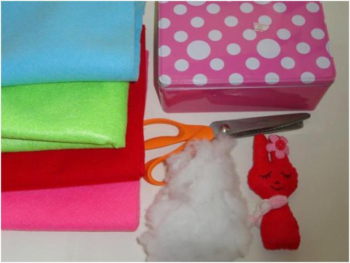 חומרים להכנת בית בובות