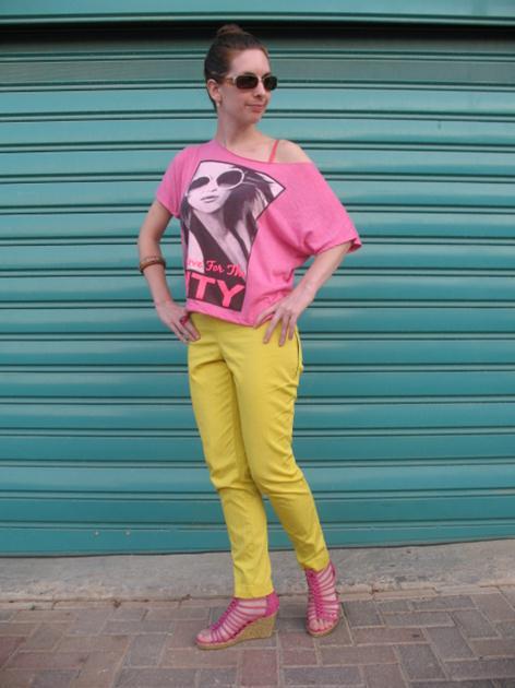 שילוב צבעים בבגדים